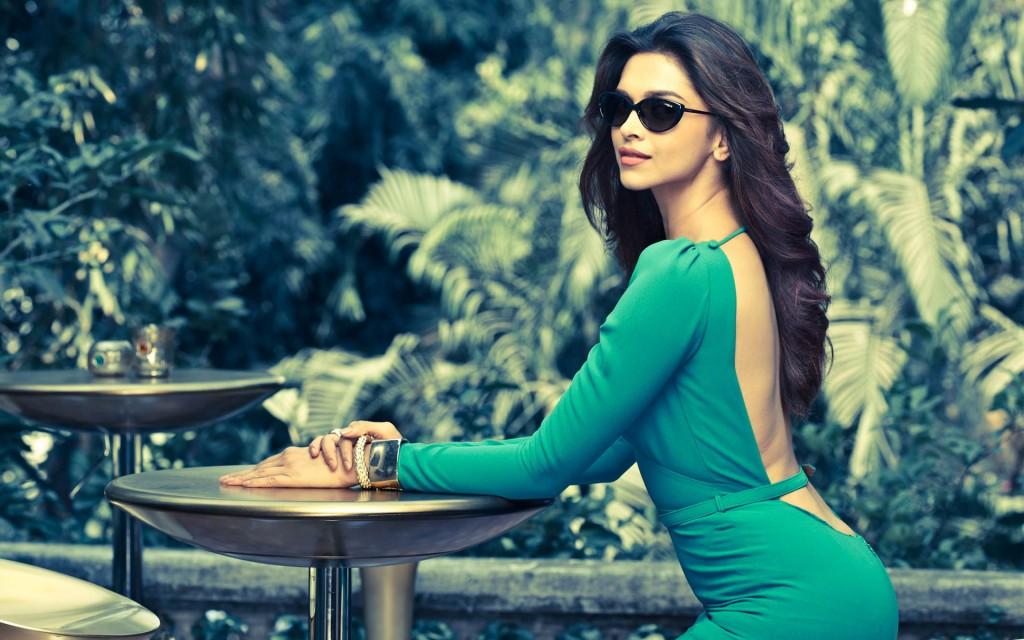 Deepika Padukone Hot Images & Wallpapers You Just Can't ... Leela Costume Eye