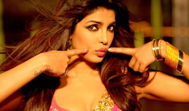 Priyanka Chopra hot Actress