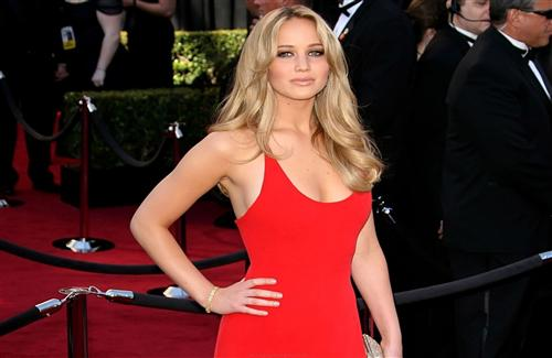 Beautiful_Jennifer_Lawrence_in_Red_Dress