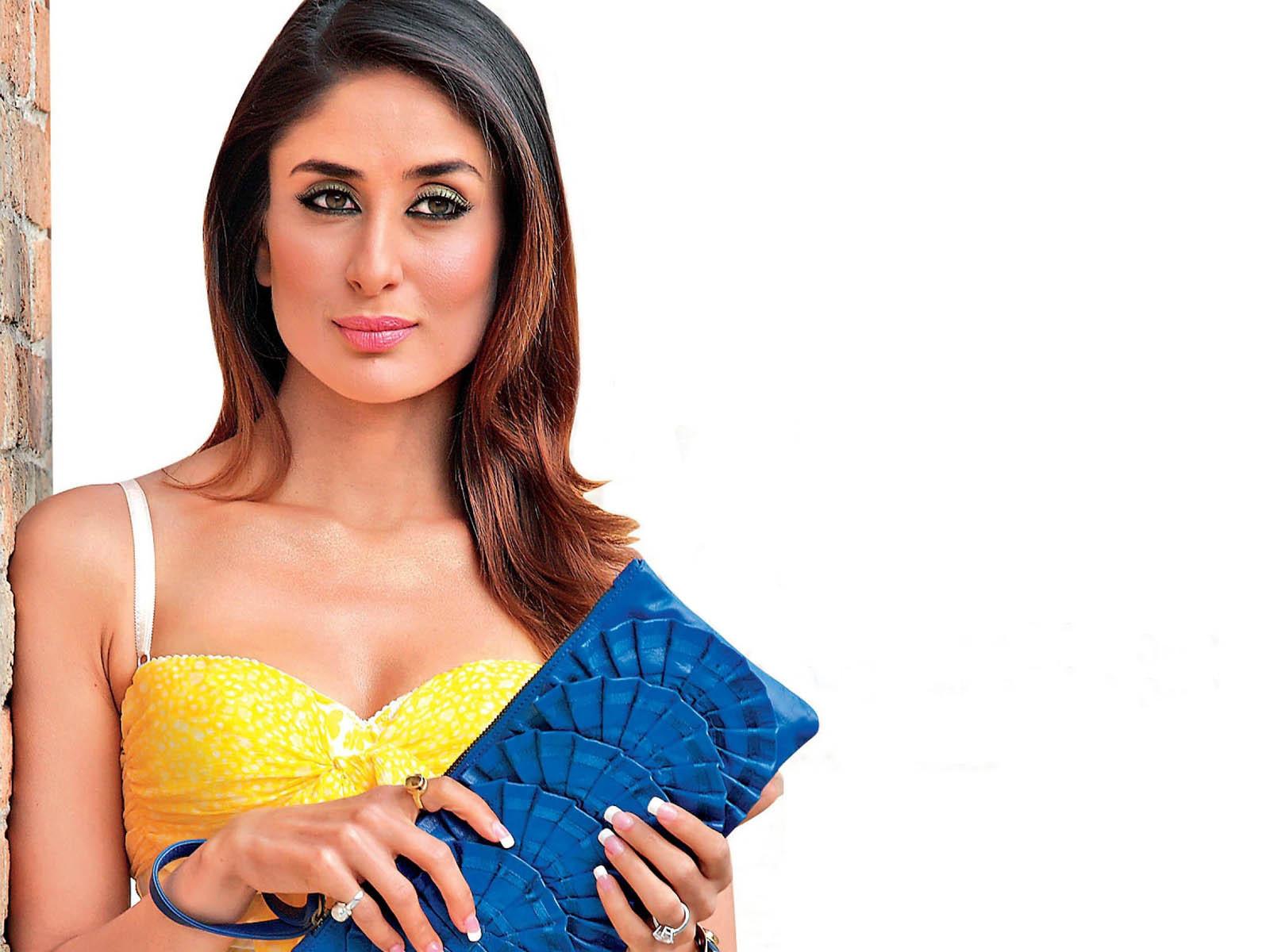 20 Best Of Kareena Kapoor Wallpapers That Are Too Hot To Handle - Funroundupcom-9871