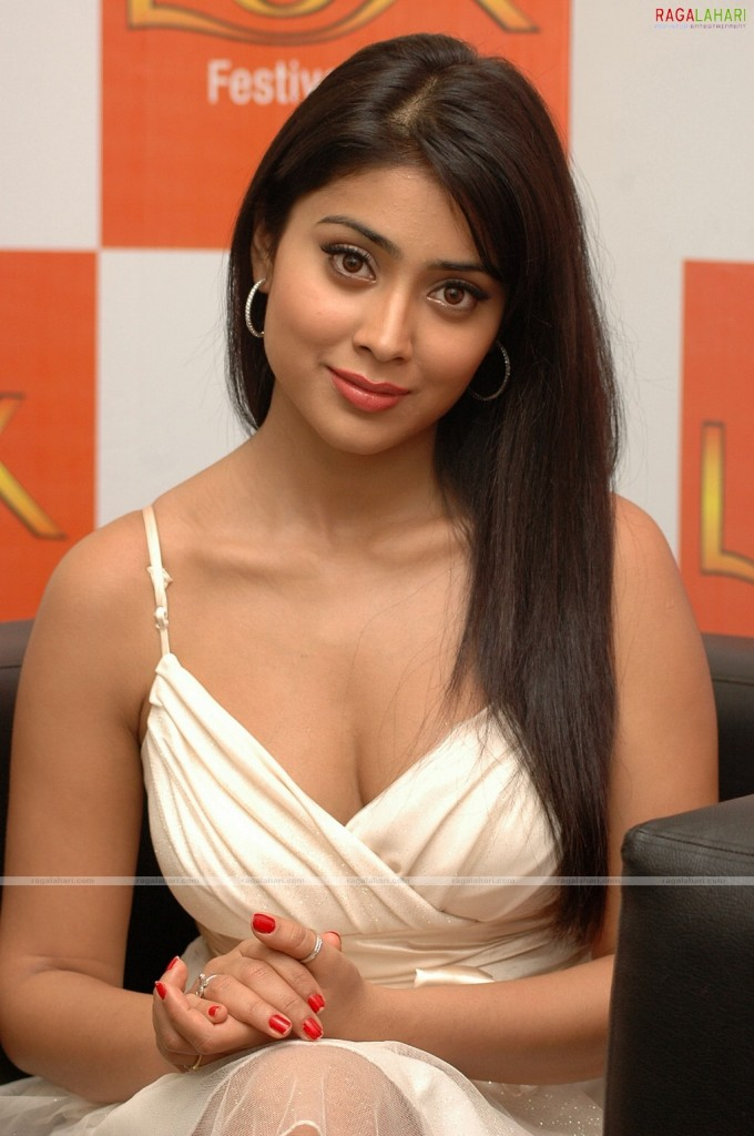 Shriya Saran image pics