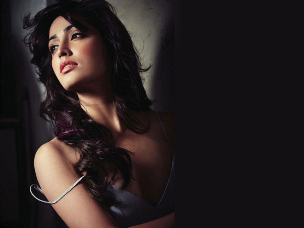 26 Best Images Of Yami Gautam, Latest Hot Wallpapers & HD