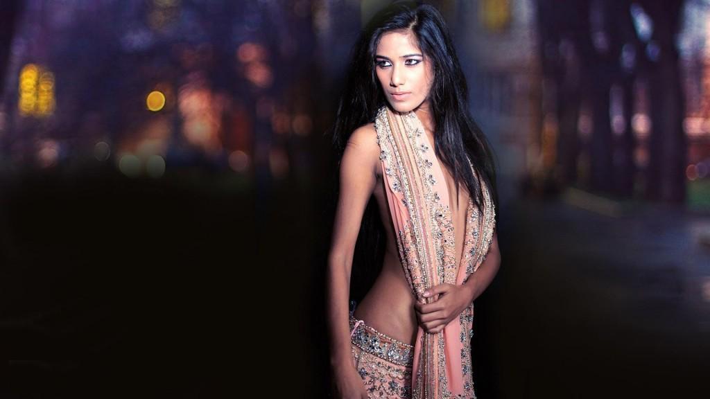 poonam pandey HD stills -fun roundup