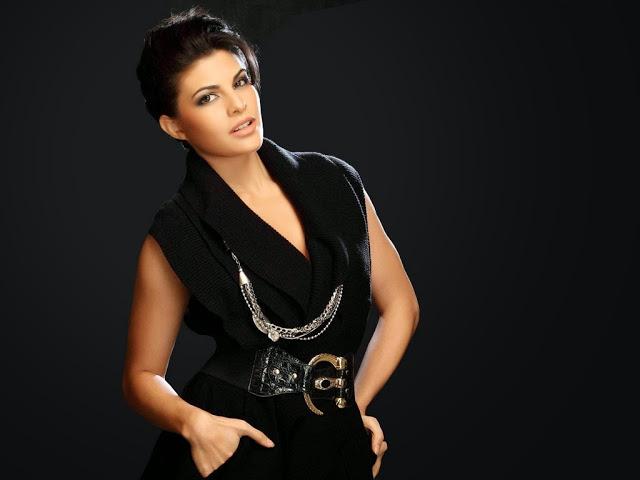 Jacqueline Fernandez Looks Hot in Black Dress