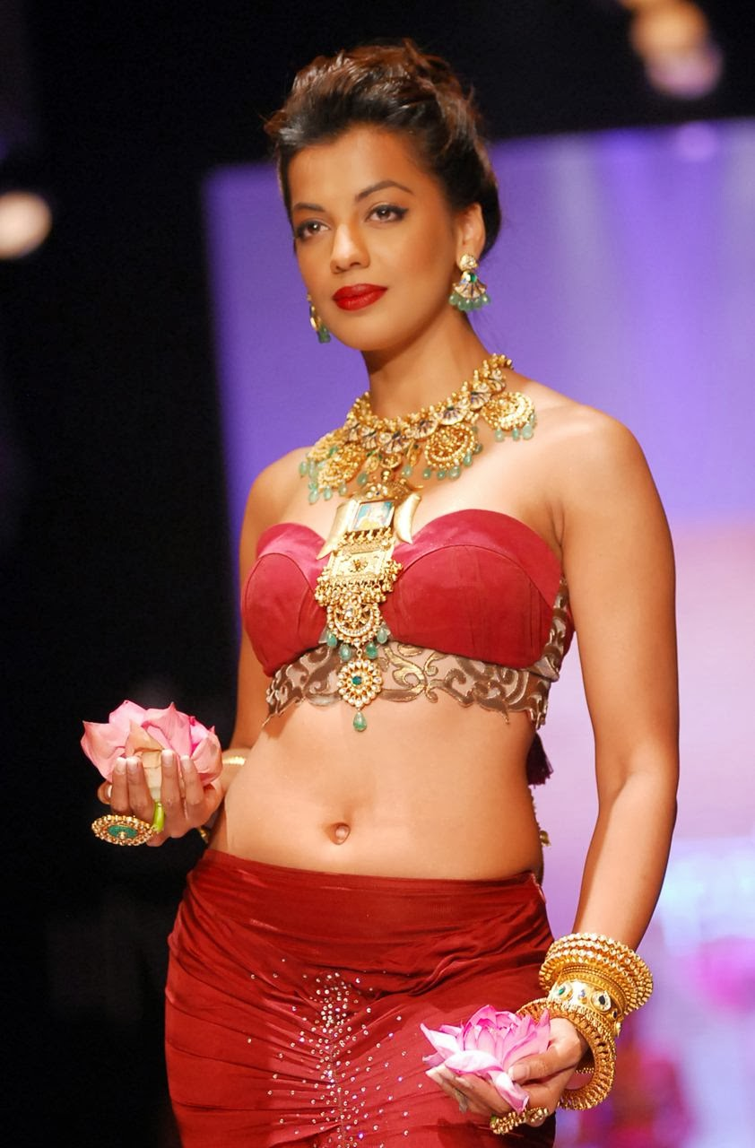 Mugdha Godse at Sumit and Agni Jewels show in 2013