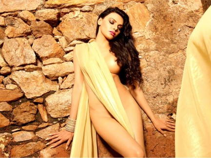 sherlyn-chopra-hot-photo-stills