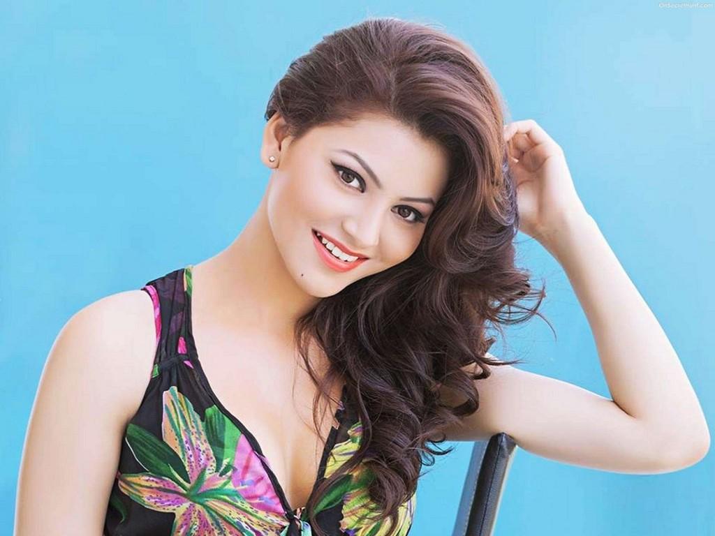 Urvashi Rautela pretty cute actress
