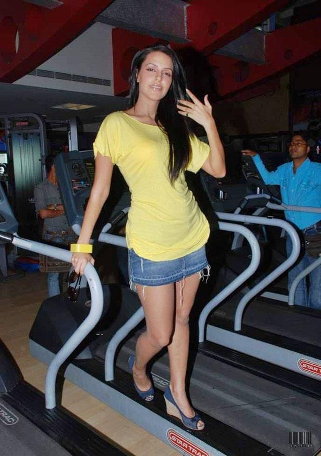 Actress Neha Dhupia Pics