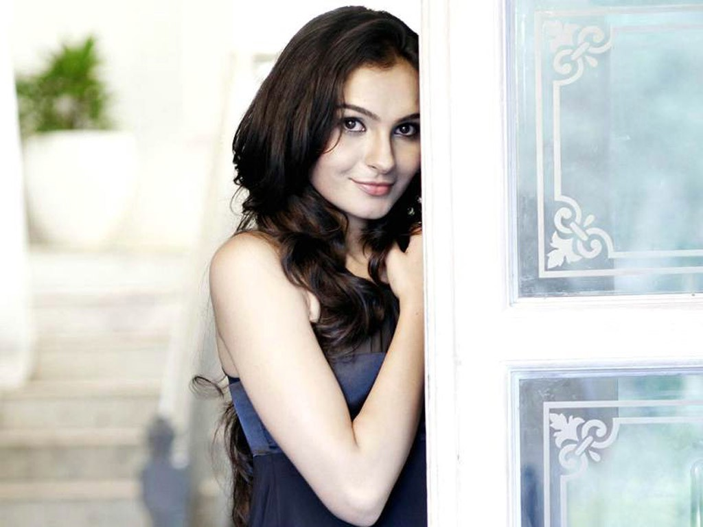 Andrea Jeremiah Picture Still in Full HD