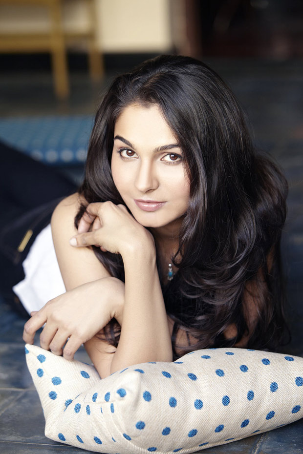 Beautiful Andrea Jeremiah Image Stills