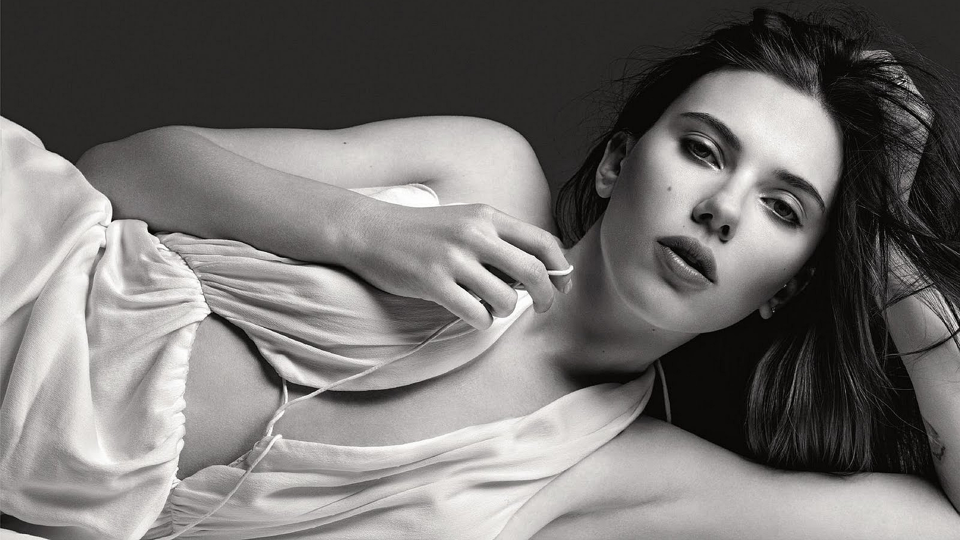 Scarlett Johansson Celebrity sj