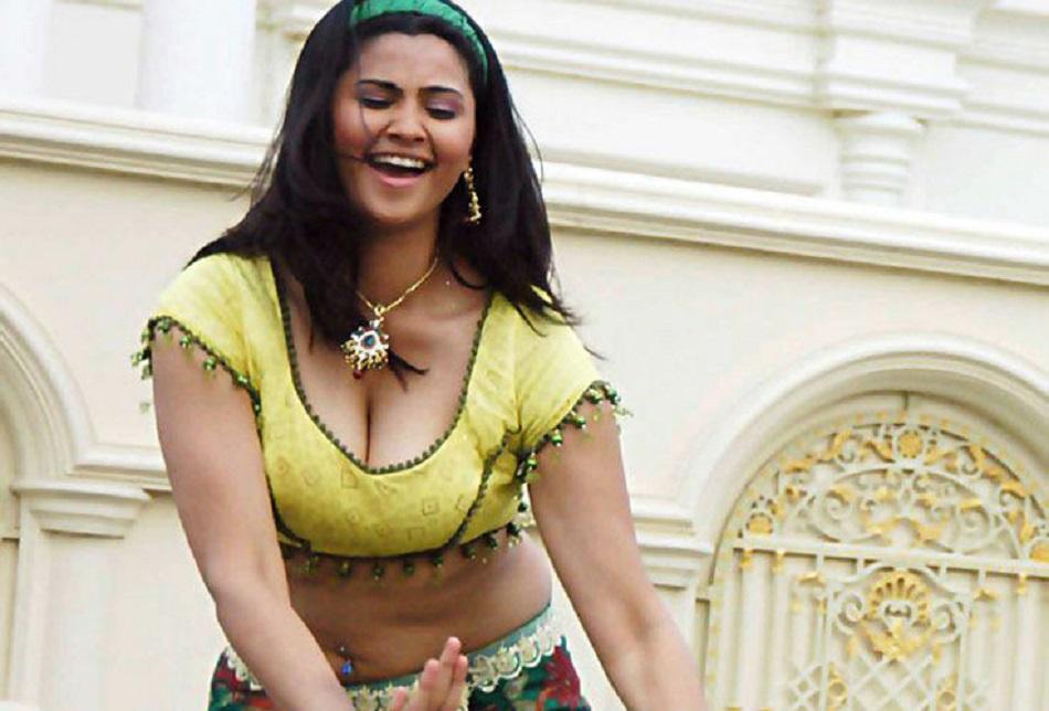 Daisy Shah Hot Image Stills