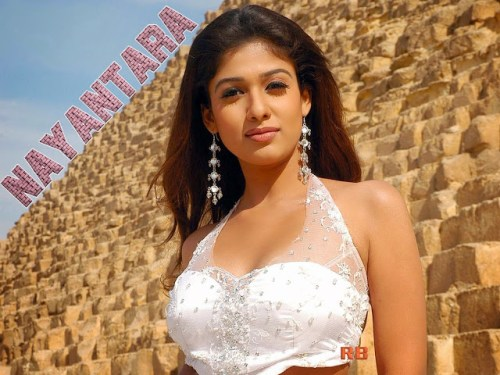 Images of Nayantara in white color choli