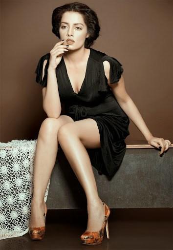 Photoshoot in Black Color Dress Celina Jaitly