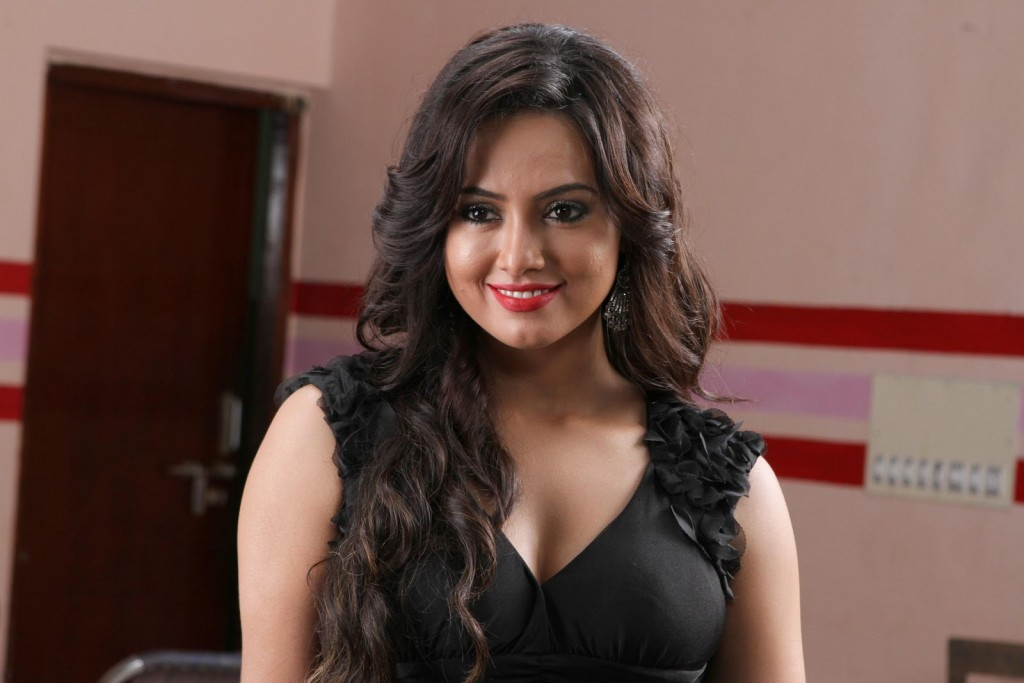 Sana Khan Hot and Spicy HQ Stills