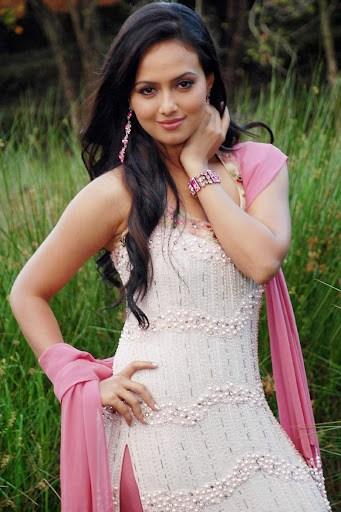 Sana Khan in Salwar suit