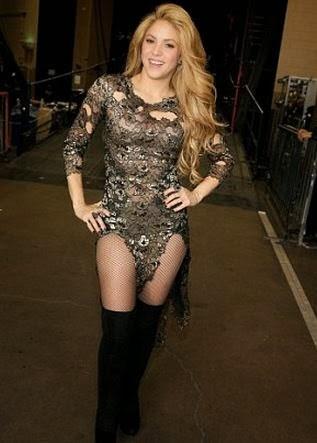 Shakira she wolf super sexy edit - 2 3