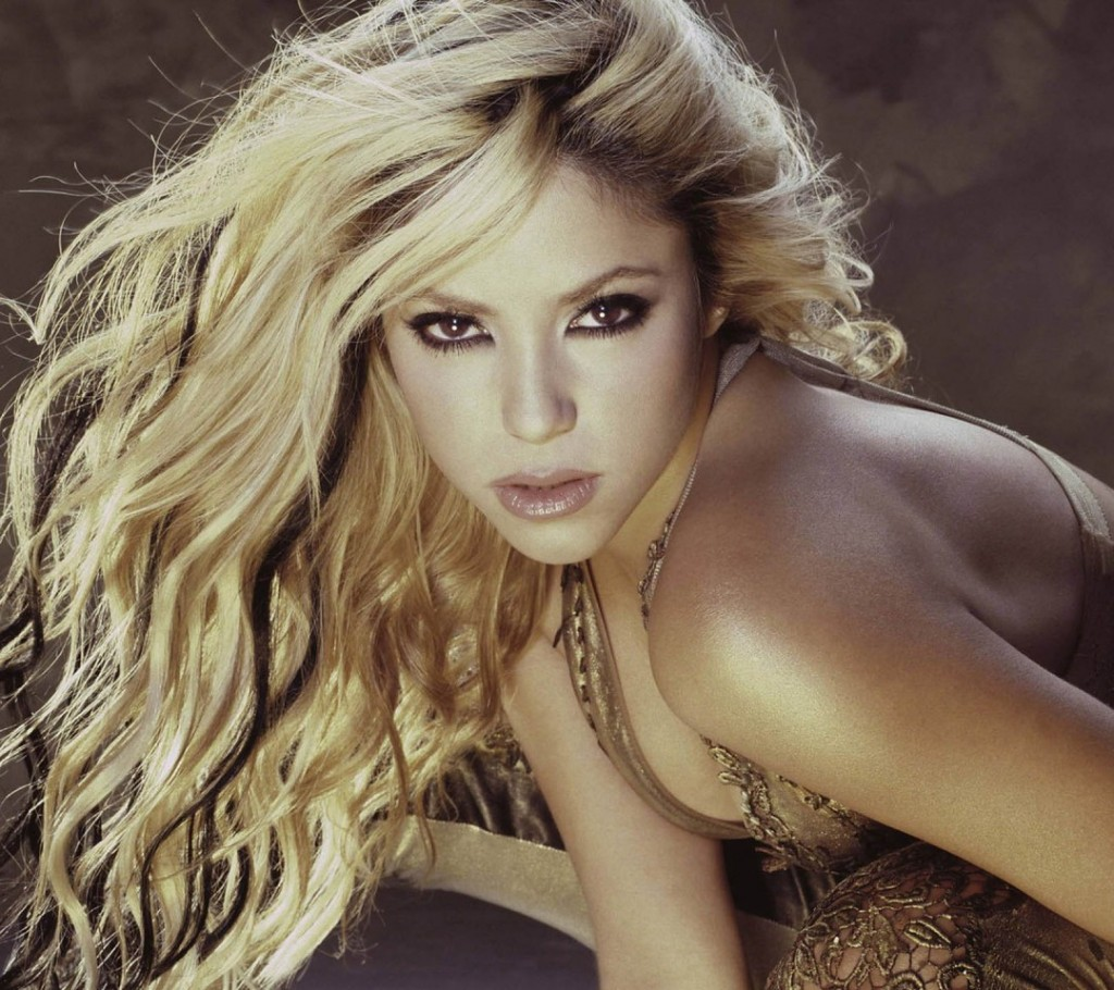 Shakira sexy wallpaper stills