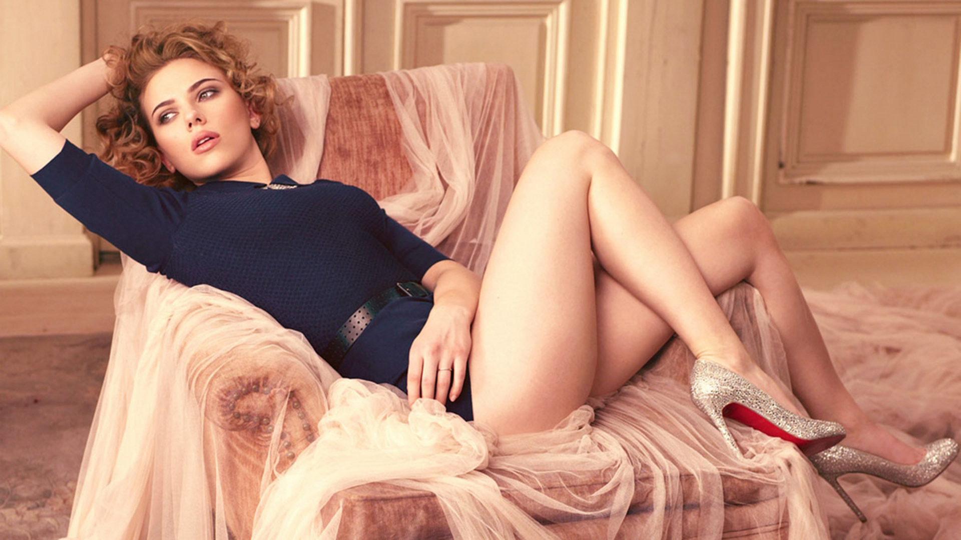 Scarlett Johansson latest pic hot picture hot images