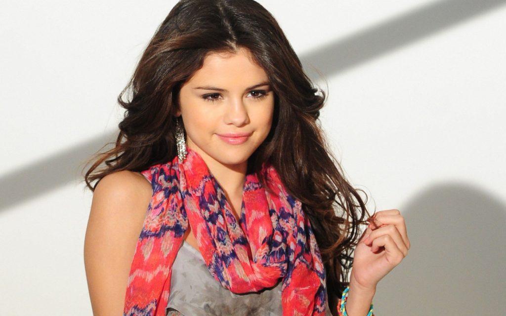 Selena image stills