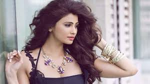 images of Daisy Shah