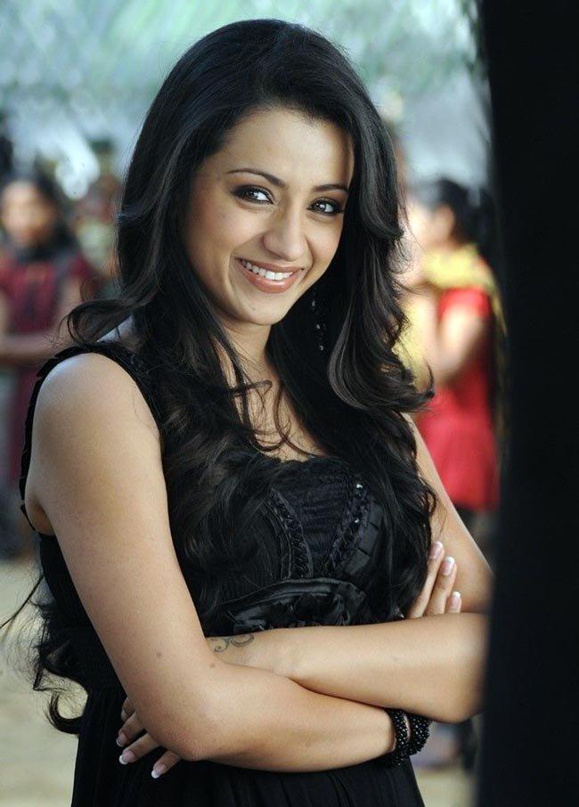 Trisha Krishnan looking beatiful in black dress