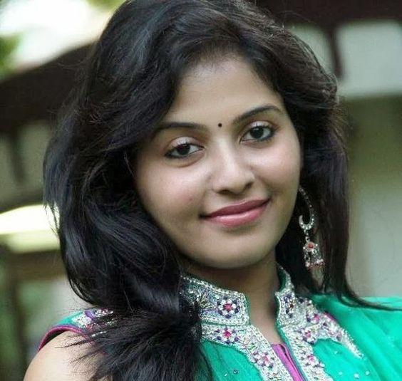 Anjali Hd Wallpapers in salwar suit