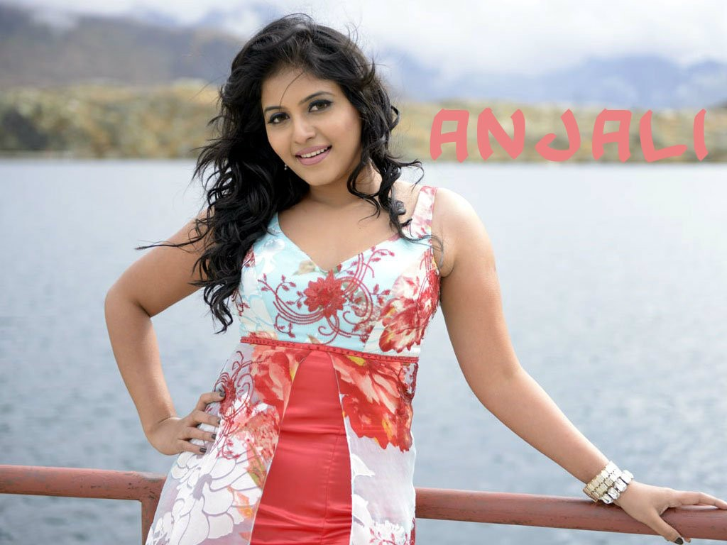 Anjali Wallpapers in HD