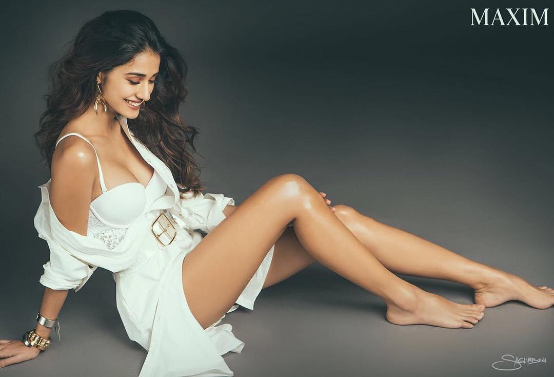 Disha Patani SexyTopless Pics