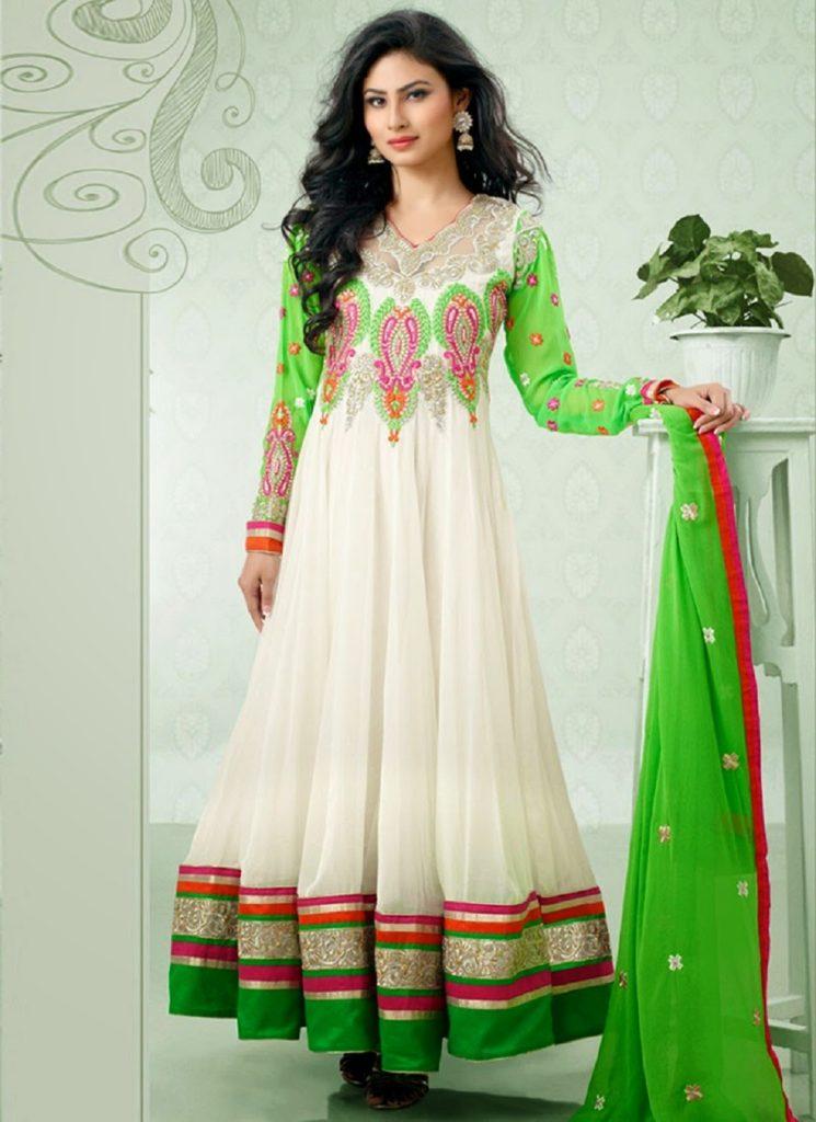 beautiful-mouni-roy-indian-dress
