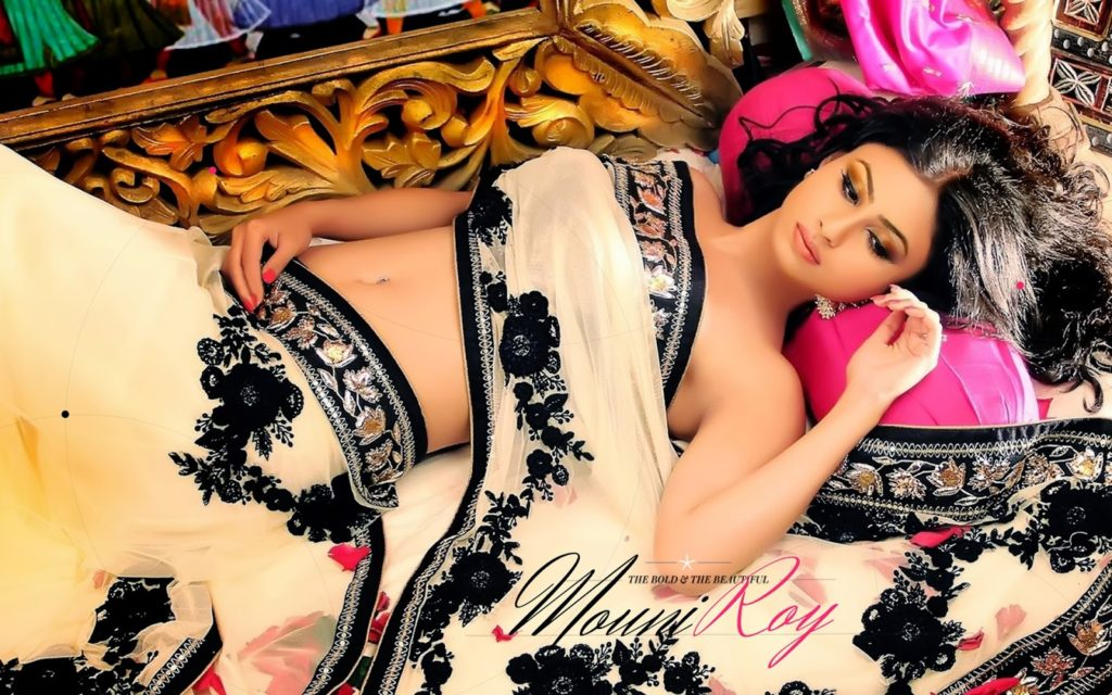 bollywood-actress-mouni-roy-wallpapers