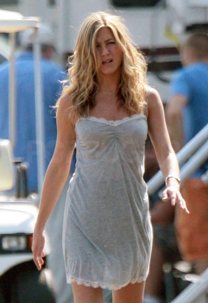 Jennifer Aniston sexy image