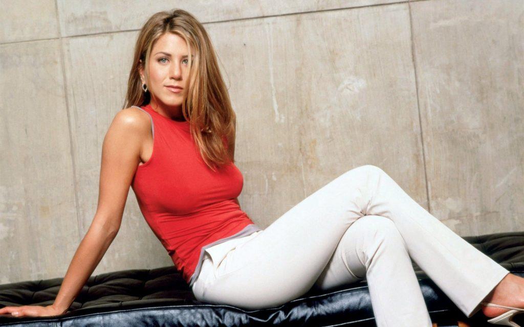 Jennifer Aniston hot image