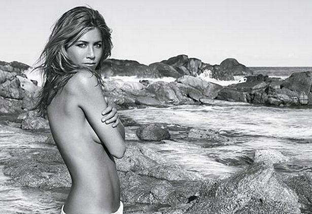 Jennifer Aniston naked pic