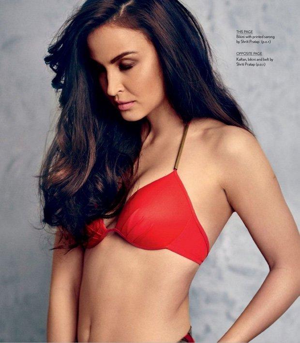 elli-avram-hot-wallpaper-in-red-bikini