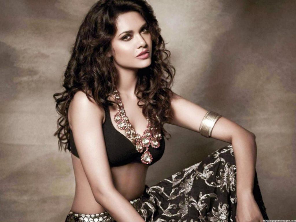 free-download-esha-gupta-hd-pic