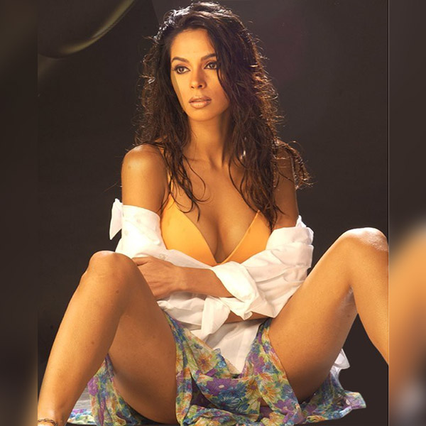 mallika-sherawat-sexy-pic