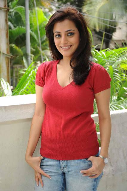 Tollywood Actress Nisha Agarwal 15 + Photos & Hot Images