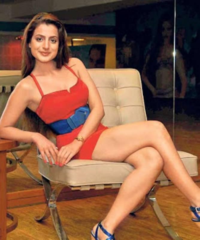 Ameesha Patel Hot Bikini
