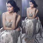 Adah Sharma Hot Pictures, Bikini Photos & Latest Hd Pics Gallery