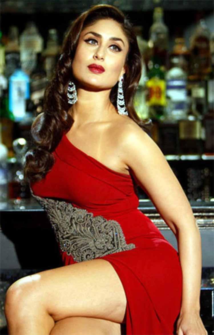 hot and sexy karina kapoor