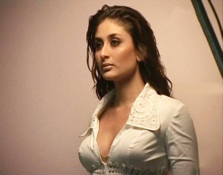 Exclusive Pics Of Kareena Kapoor, Hottest Bikini Photos - Funroundupcom-1062
