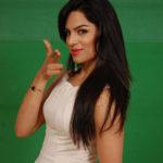 Shikha Singh Hot Pictures, Bikini Image Pics & Latest Photo Gallery