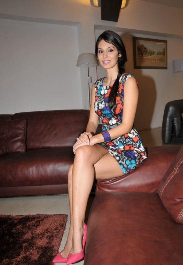 Anusha dandekar hot photoshoot celebrity