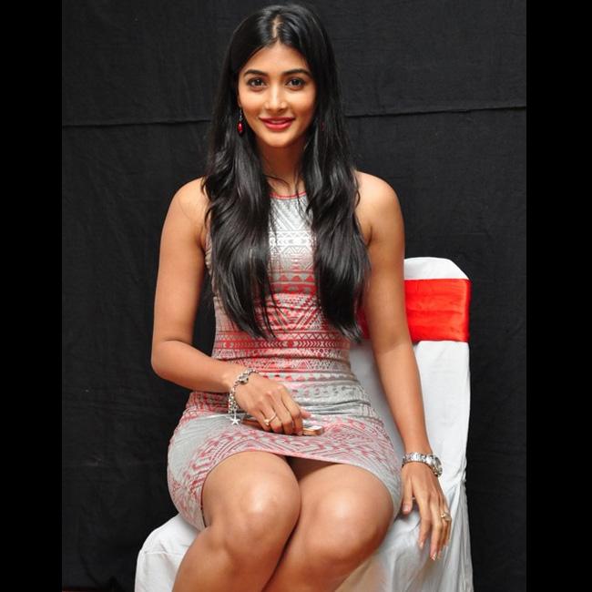 Sizzling Hot Photos Of Pooja Hegde, Unseen Bikini Image