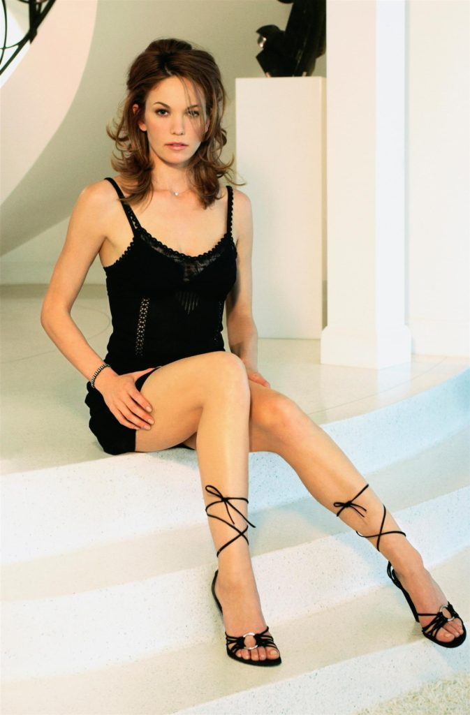 American actress Diane Lane bikini pics