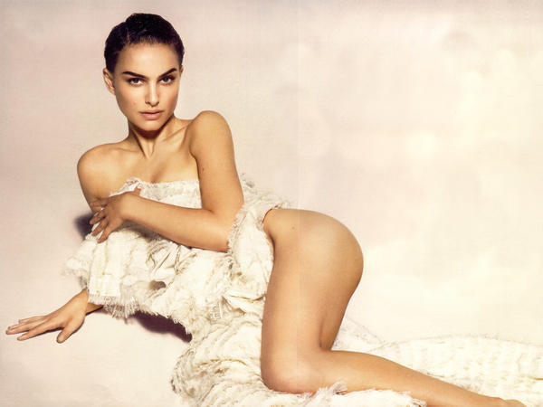 Natalie Portman hot and sexy pic