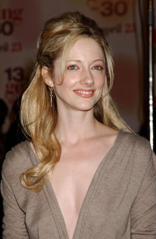 Judy Greer near nude pictures