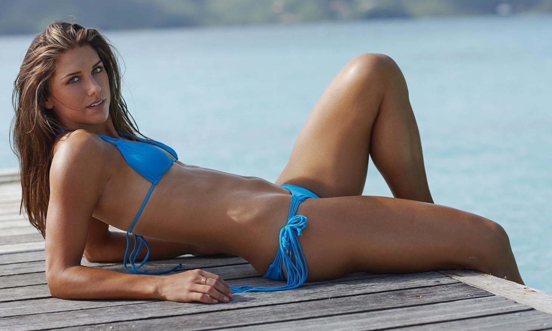 Alex Morgan Hot Photos & Bol Bikini Wallpapers Pics - FunRoundup.com