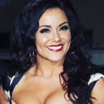 Katy Mixon Hot Photo & Sizzling Bikini  Pictures Swimsuit Cleavage Photos